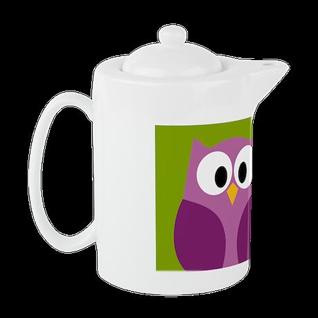 cute owls on branch green Teapot