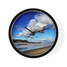 Beautiful New Zealand – Cloudy Beach Wall Clock