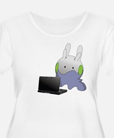 Goomy playing 3DS Plus Size T-Shirt