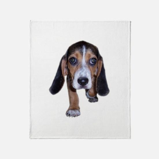 Beagle Puppy Walking Throw Blanket