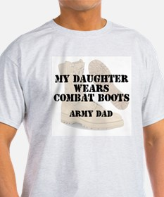Army Dad Daughter wears DCB T-Shirt