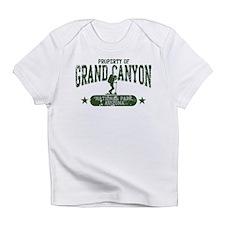 Grnd Cnyn Nat Pk Hiker Girl Infant T-Shirt