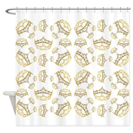 68 queen of hearts crowns Shower Curtain