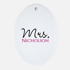 Customizable Mr and Mrs set - Mrs Ornament (Oval)