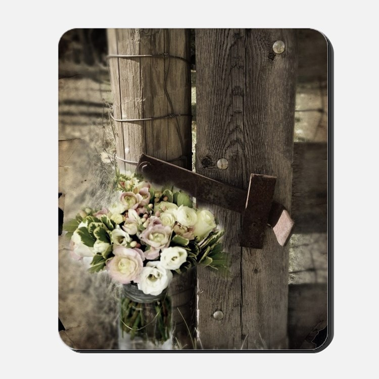 farm fence floral bouquet Mousepad
