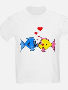 KISSING FISH T-Shirt