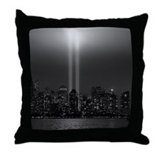 USA, New York City, Manhattan skyline Throw Pillow