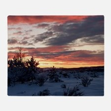 Winter sunset at Kintore Throw Blanket