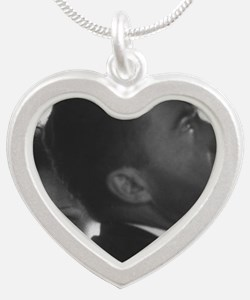 ART Nixons val Silver Heart Necklace