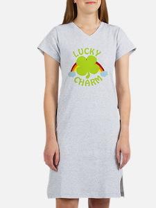 luckycharm_dark Women's Nightshirt