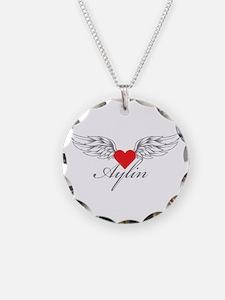 Angel Wings Aylin Necklace
