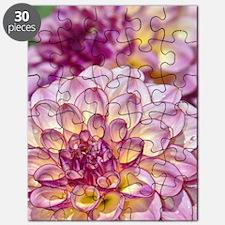Beautiful pink dahlia flowers Puzzle