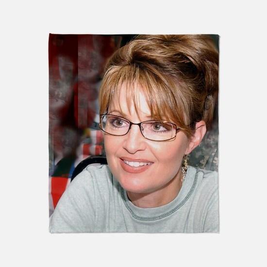 Sarah Palin in Kuwait tshirt Throw Blanket