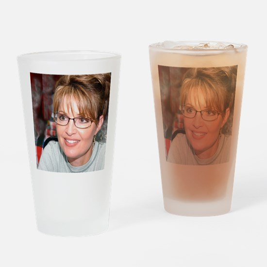 Sarah Palin in Kuwait tshirt Drinking Glass