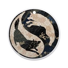 yin_yang_wolves Round Ornament