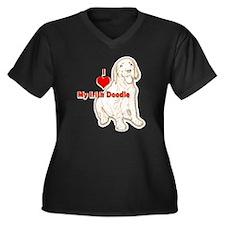 HeartIrishDo Women's Plus Size Dark V-Neck T-Shirt