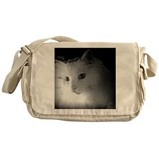 white kitty cat Messenger Bag