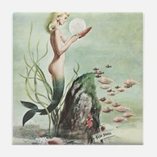 Retro Pin Up 1950s Mermaid with School of Fish Til