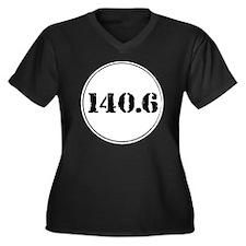 140_6cirai Women's Plus Size Dark V-Neck T-Shirt