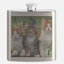 Tthree_kittens 16x16 Flask