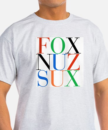 Fox_Nuz_Sux_1 T-Shirt