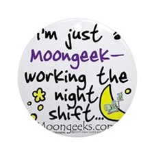 Moongeeks [Night Shift](BT-MI)-11.0 Round Ornament