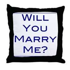 will-you-marry-me Throw Pillow