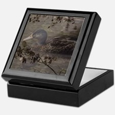 Wild duck on lake design Keepsake Box