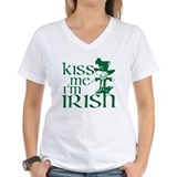 St patricks italian Womens V-Neck T-shirts