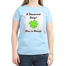 Shamrock baby due in march Women's Pink T-Shirt