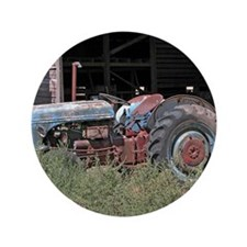 """Old Tractor - Apron 3.5"""" Button"""