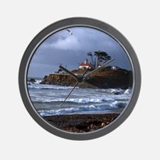 (14) battery point lighthouse  gull Wall Clock