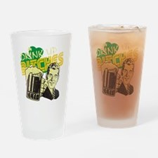 dub4 Drinking Glass