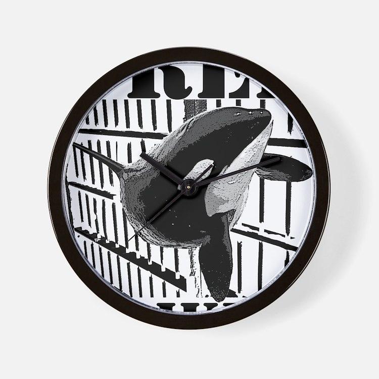 Free_Tilikum3_rgb Wall Clock