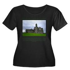 2-rock-o Women's Plus Size Dark Scoop Neck T-Shirt