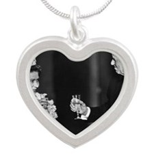 ART COASTER Reagan QEII toas Silver Heart Necklace