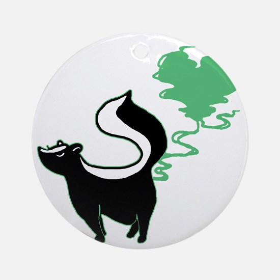 love-stinks-skunk Round Ornament