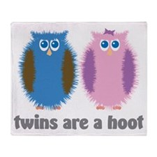 Twin Owls Blue Pink Throw Blanket