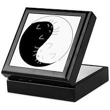 Yin_43x43-8 Keepsake Box