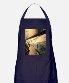 st_thomas_3_25_10_img_5411_23X35_Post Apron (dark)