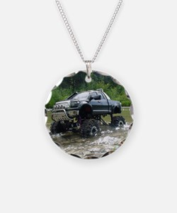 TUNDRAS DAY OUT Necklace