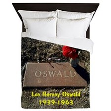 Lee Harvey Oswald 1939-1963(button) Queen Duvet