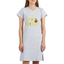 2-pray_10x10_yellow Women's Nightshirt
