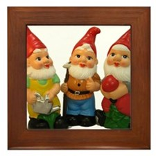 Gnome-_25 Framed Tile
