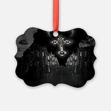 pic5 Ornament