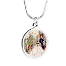 KAy Nielsen004_SQ 12x12 Silver Round Necklace