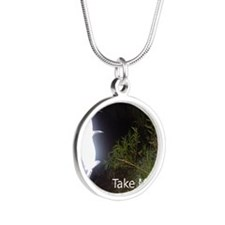 082 Silver Round Necklace