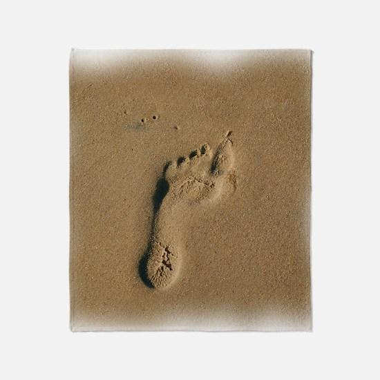 10x10footprint. Throw Blanket