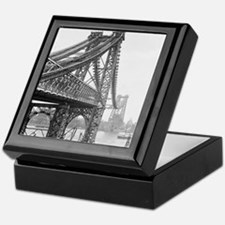Williamsburg Bridge Construction Keepsake Box