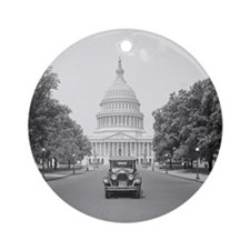 Paige Motorcar at US Capitol Round Ornament